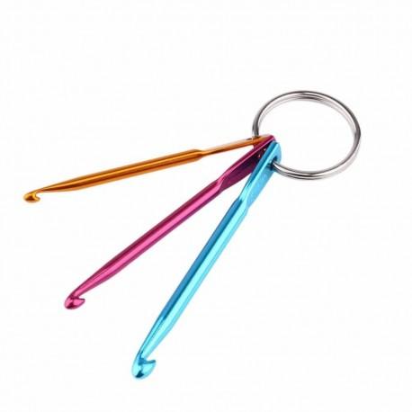 Prívesok na kľúče s háčikmi