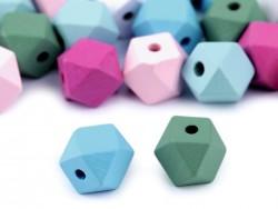 Drevené korálky v tvare diamantu - 15 x 20 mm